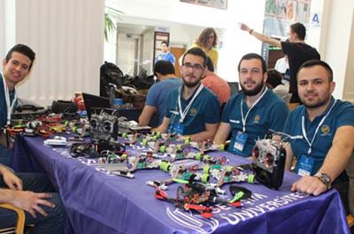 Geleceğin Robotları BAU Robotics'de Yarıştı!